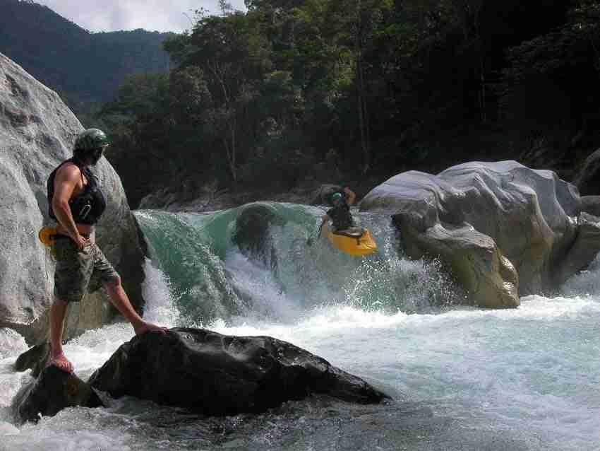 kayakduckiinflatable