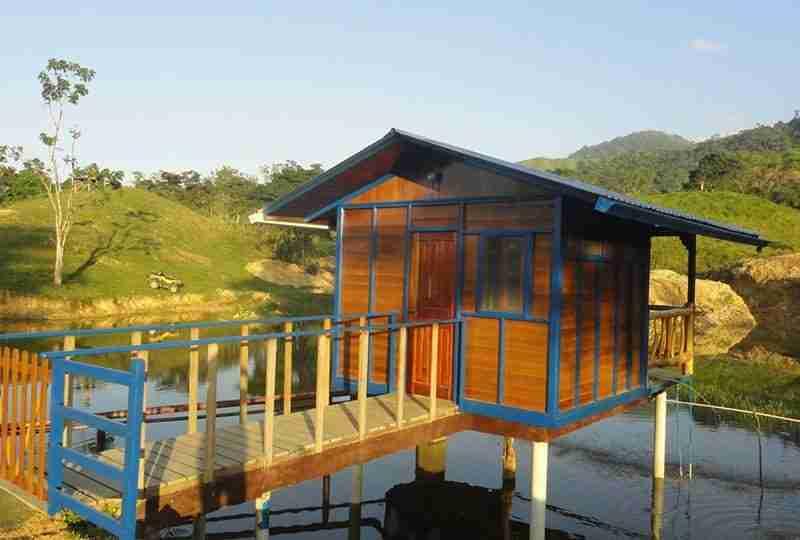 Canopy and hot springs at Jilamito