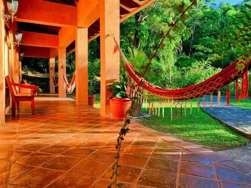 Hoteles en la cuenca del Rio Cangrejal
