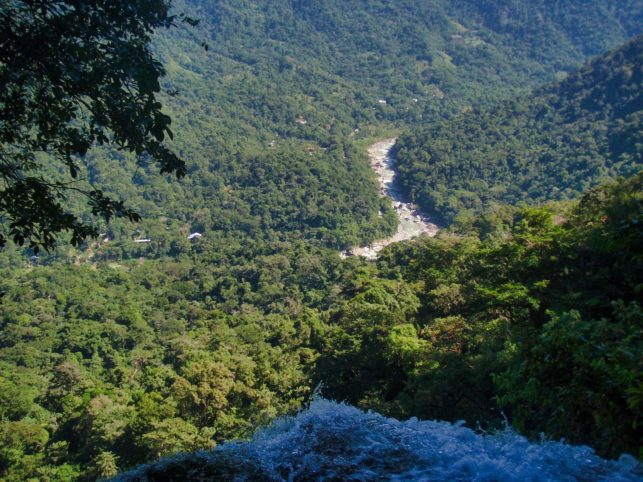 Camping in Pico Bonito