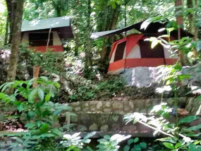 acampar en el Rio Cangrejal
